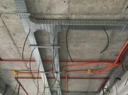Instalações elétricas, especiais de teto e spk – Loja Gastrobar Vogue Square – Construtora Calçada